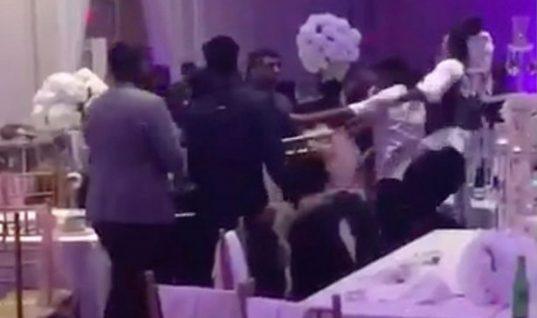 Ο πρώην της νύφης μοίρασε στους καλεσμένους φωτογραφίες της να κάνει σεξ και η γαμήλια δεξίωση θύμισε αγώνα πυγμαχίας! [vid]