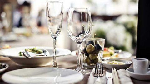 Το εστιατόριο που εξόργισε τις μαμάδες όλου του κόσμου! Δείτε τι τρελή πρακτική ακολουθούν… (ΕΙΚΟΝΑ)