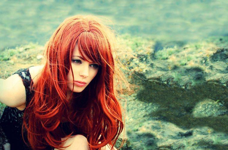 Ρώτησαν άνδρες αν οι γυναίκες με κόκκινο χρώμα τους ερεθίζουν… – Τι απάντησαν!