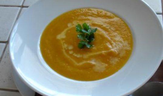 Συνταγή: Γρήγορη σούπα λαχανικών για να ζεσταθούμε!