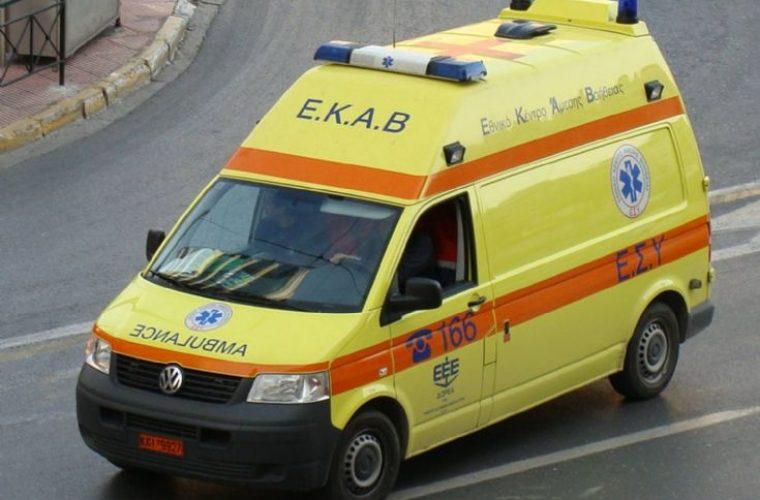 Απίστευτο κι όμως ελληνικό: Υπάλληλος του ΕΚΑΒ Πέλλας έπαιρνε υπερωρίες αν και είχε πέντε χρόνια να πάει στη δουλειά!