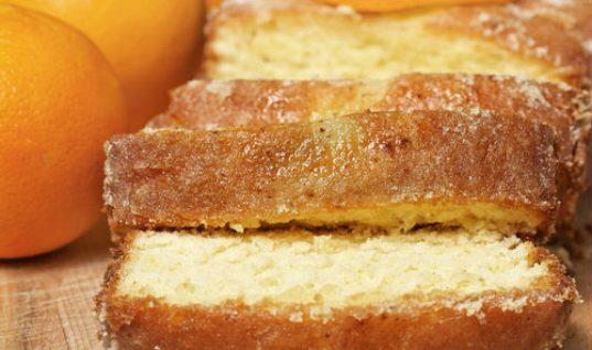 Γρήγορο και φθηνό κέικ πορτοκαλιού μόνο με 100 θερμίδες το κομμάτι!