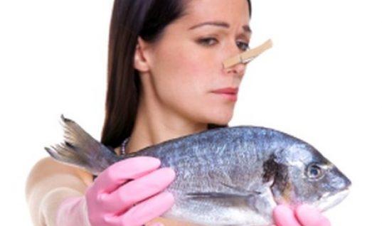 Πώς να απαλλαγείτε από την έντονη μυρωδιά του φαγητού στο σπίτι