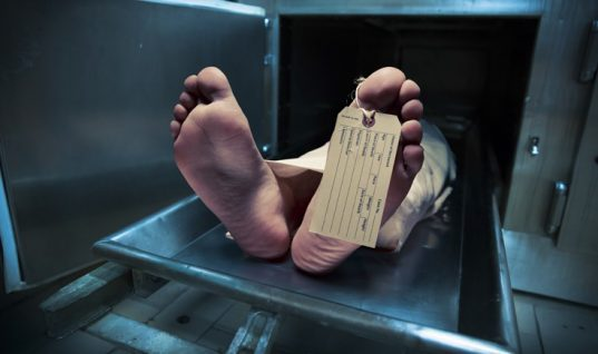 Πρωτοφανές: 17χρονο αγόρι ξύπνησε λίγο πριν την κηδεία του!