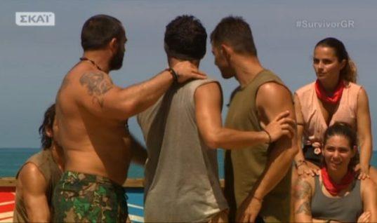 Survivor: Αρπάχτηκε ο Χρανιώτης με τον Σπαλιάρα στην παραλία! (vid)