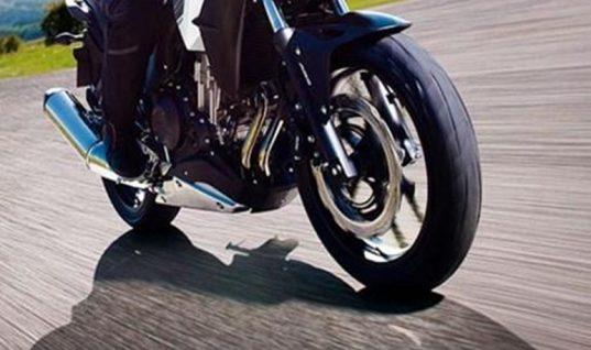 Μοτοσικλετιστής χτύπησε βρέφος στη Θεσσαλονίκη και το εγκατέλειψε