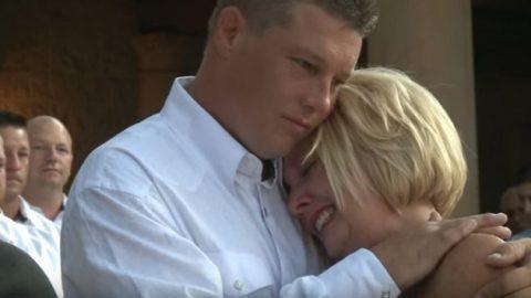 Γαμπρός αποκαλύπτει στη νύφη το μυστικό που της έκρυβε για μήνες…Μπορεί να περπατήσει και πάλι! (vid)