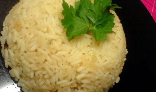 Γιατί δεν πρέπει να τρώμε το ρύζι που περίσσεψε, την επόμενη ημέρα