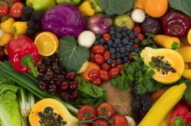 Αυτά είναι τα 12 πιο μολυσμένα φρούτα και λαχανικά από φυτοφάρμακα