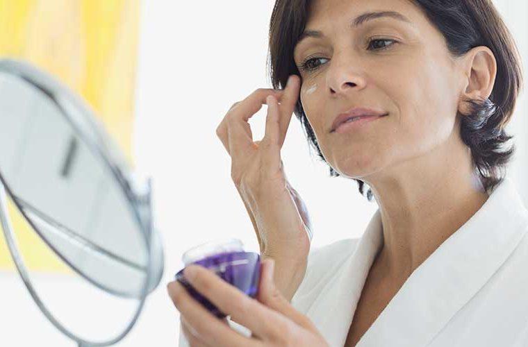 5 λάθη στο μακιγιάζ ματιών που σας κάνουν να φαίνεστε μεγαλύτερες!