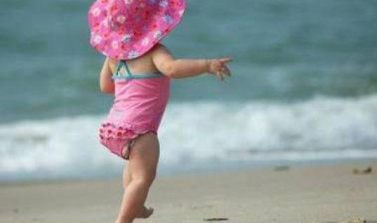 Telegraph: Δύο ελληνικές παραλίες, ανάμεσα στις 10 καλύτερες για οικογενειάρχες!