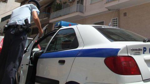 Αμπελόκηποι: Διαρρήκτης μαχαίρωσε ένοικο πολυκατοικίας που τον αντελήφθη
