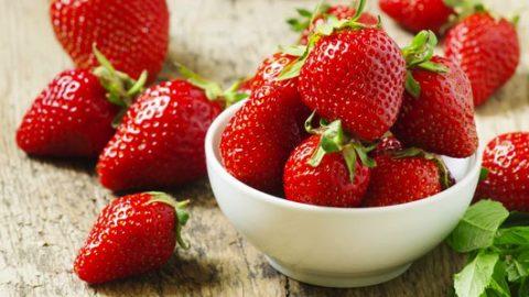 Πέντε τροφές που τις τρώτε εντελώς λάθος και επηρεάζουν την υγεία σας