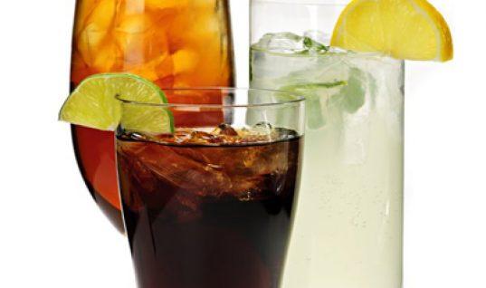 Αναψυκτικά διαίτης: 5 σοβαροί κίνδυνοι για την υγεία