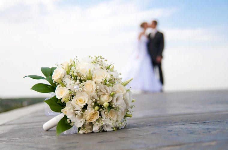 Αυτά είναι τα 4 ζώδια που «ψοφάνε» να παντρευτούν