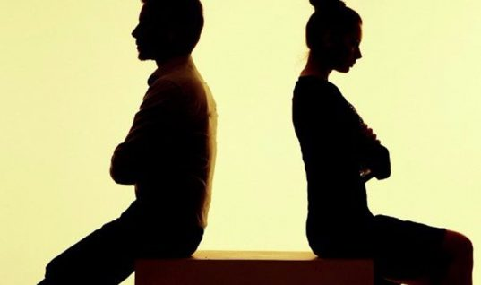 Aυτή είναι η Νο1 αιτία διαζυγίου – Και δεν είναι η απιστία!