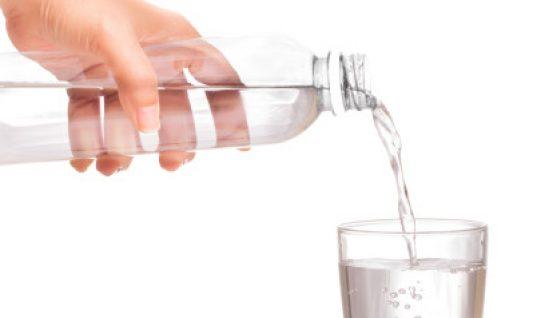 Πόσο συχνά πρέπει να πλένουμε το μπουκάλι του νερού μας
