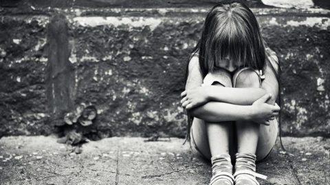 Ανατροπή με τον βιασμό της 8χρονης στη Ρόδο- Γυναίκα συγγενής την κακοποίησε για να εξαπατήσει την οικογένειά της