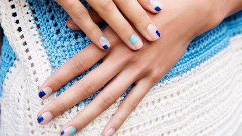 Είσαι λάτρης του τζελ; Δες πώς θα το διατηρήσεις στα νύχια σου περισσότερο από ένα μήνα!