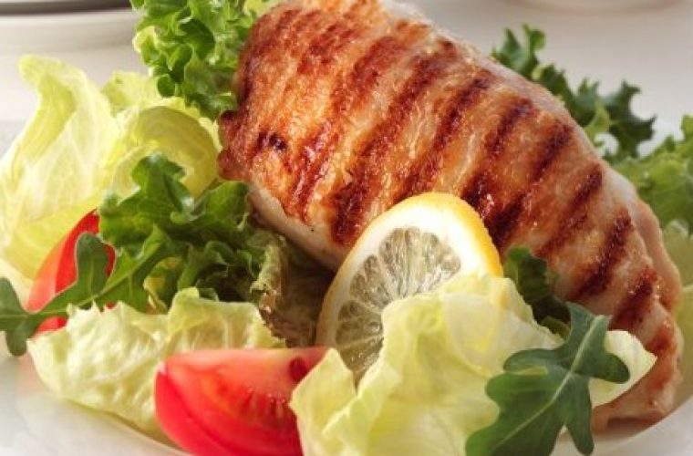 Ποιες ώρες μέσα στην ημέρα πρέπει να τρως για να μην παχύνεις!