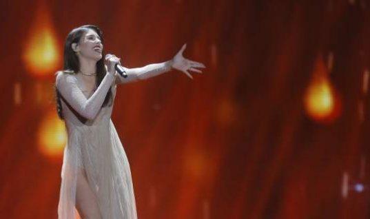 Η εντυπωσιακή εμφάνιση της Demy στον τελικό της Eurovision! (vid)