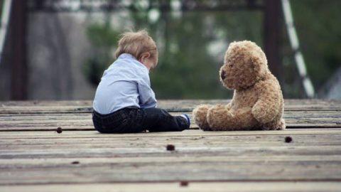 Τα σημάδια σεξουαλικής κακοποίησης που πρέπει να γνωρίζουν οι γονείς