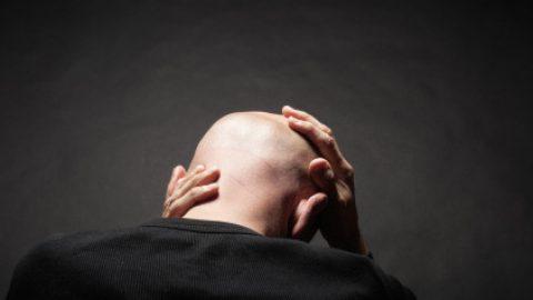 Oι επιστήμονες βρήκαν τι προκαλεί τη φαλάκρα και ισχυρίζονται ότι μπορούν να τη θεραπεύσουν!