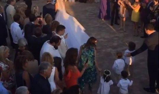 Οι πρώτες φωτογραφίες από τον γάμο της εντυπωσιακής Δούκισσας Νομικού! (εικόνες)