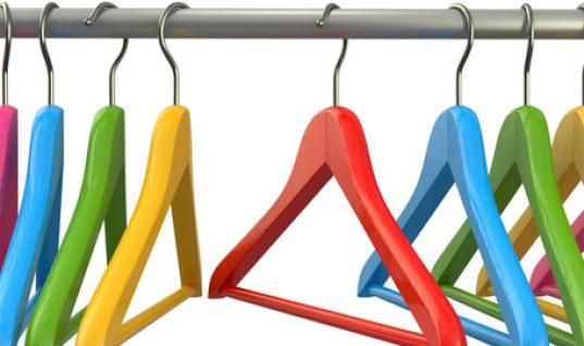 7 tips για οργάνωση και στιλ στη ντουλάπα σας