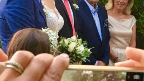 Πάντρεψε την κόρη του ο Θοδωρής Δρακάκης – Φωτογραφίες από τον γάμο