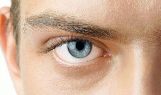 Οι άνθρωποι με γαλάζια μάτια έχουν κάτι κοινό μεταξύ τους