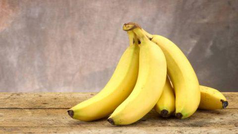 Το κόλπο για να μην μαυρίζουν οι μπανάνες!