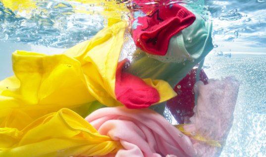 Φτιάξε τις δικές σου χρωμοπαγίδες για το πλυντήριο -Τέλειο αποτέλεσμα με λιγότερο από ένα ευρώ