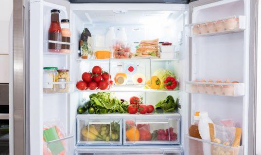 Ο πιο εύκολος τρόπος να εξαφανίσετε τις άσχημες μυρωδιές από το ψυγείο!