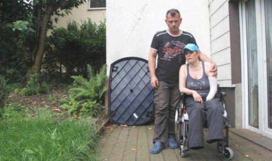 Γυναίκα έχασε τα δυο της πόδια και το ένα της χέρι μετά από τσίμπημα εντόμου