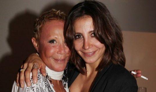 Μαρία Ελένη Λυκουρέζου: Μιλάει για πρώτη φορά μετά το θάνατο της μητέρας της και ξεκαθαρίζει από τι πέθανε