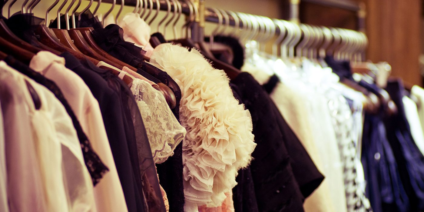 Tips για να μαζέψουμε τα χειμερινά ρούχα στην ντουλάπα μας πιο γρήγορα!