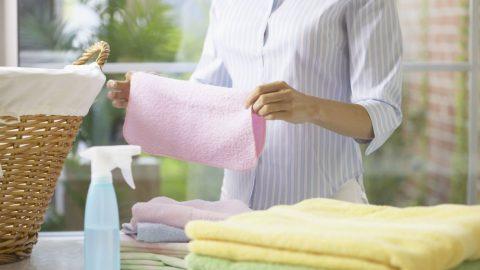 8 μυστικά που θα κάνουν τα ρούχα σας να μοσχοβολούν!