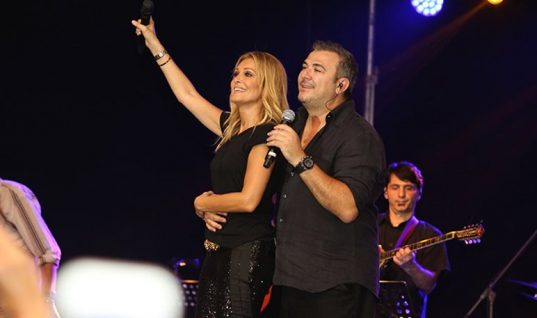 Όλη η showbiz στη βάφτιση και στη δεξίωση της οικογένειας Καμπουράκη στη Ρόδο! (εικόνες)