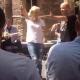Απίστευτες εικόνες στο κέντρο της Αθήνας! Η Ελένη Μενεγάκη χορεύει τσιφτετέλι στην Ερμού