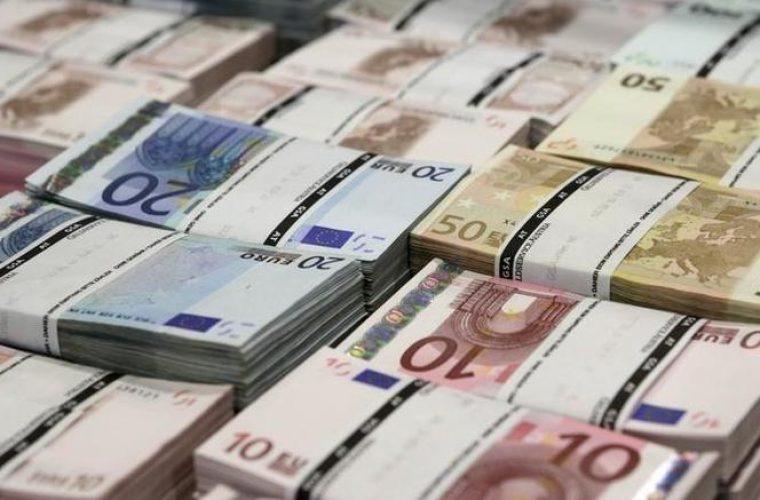 Μυστήριο στη Γενεύη: Εριξαν δεκάδες χιλιάδες ευρώ σε τουαλέτες!