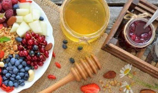 Τι πρέπει να περιέχει το πρωινό σας για να χάσετε γρήγορα κιλά;