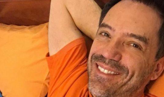 Θάνος Καλλίρης: Η φωτογραφία με Μενεγάκη – Θεοδωρίδου 20 χρόνια πριν! Δες πόσο άλλαξαν