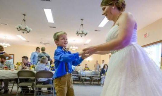 Αλυτο ιατρικό μυστήριο: Επτάχρονος ξεσάλωσε σε γάμο και μετά κοιμήθηκε για 11 ημέρες