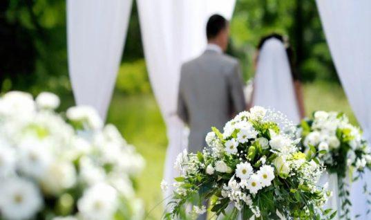 Επεισοδιακός γάμος! Η ύπουλη παράνυφος έγινε ρεζίλι