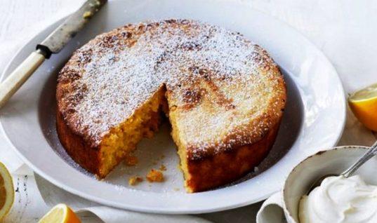 Το πιο νόστιμο και εύκολο κέικ λεμόνι χωρίς βούτυρο