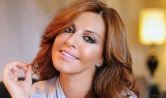 Η Αλεξάνδρα Παλαιολόγου έκοψε καρέ τα μαλλιά της: Δείτε το νέο της look