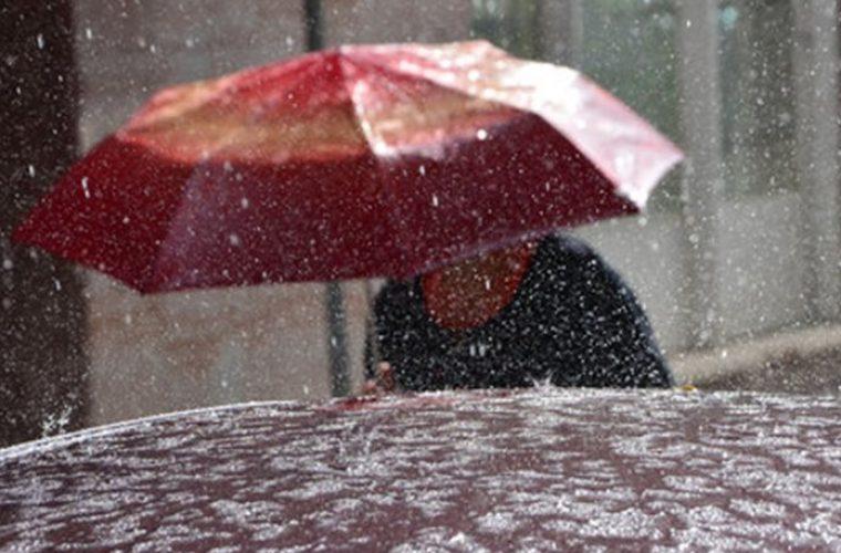 Νέα κακοκαιρία από αύριο -Με αεροχειμάρρους, καταιγίδες, χαλάζι και χιόνια