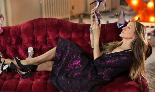 Δες τα παπούτσια που υπογράφει η Σάρα Τζέσικα Πάρκερ για τις γιορτές και «κλέψε» ιδέες!