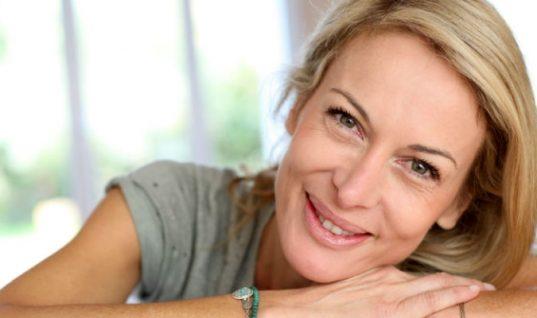 Οι 7 βιταμίνες που χρειάζονται οι γυναίκες μετά τα 40!